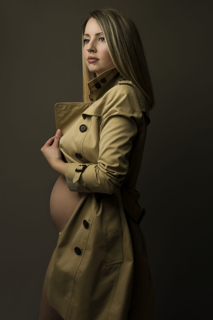 Maternity photographer in Poole, Bournemouth and Christchurch