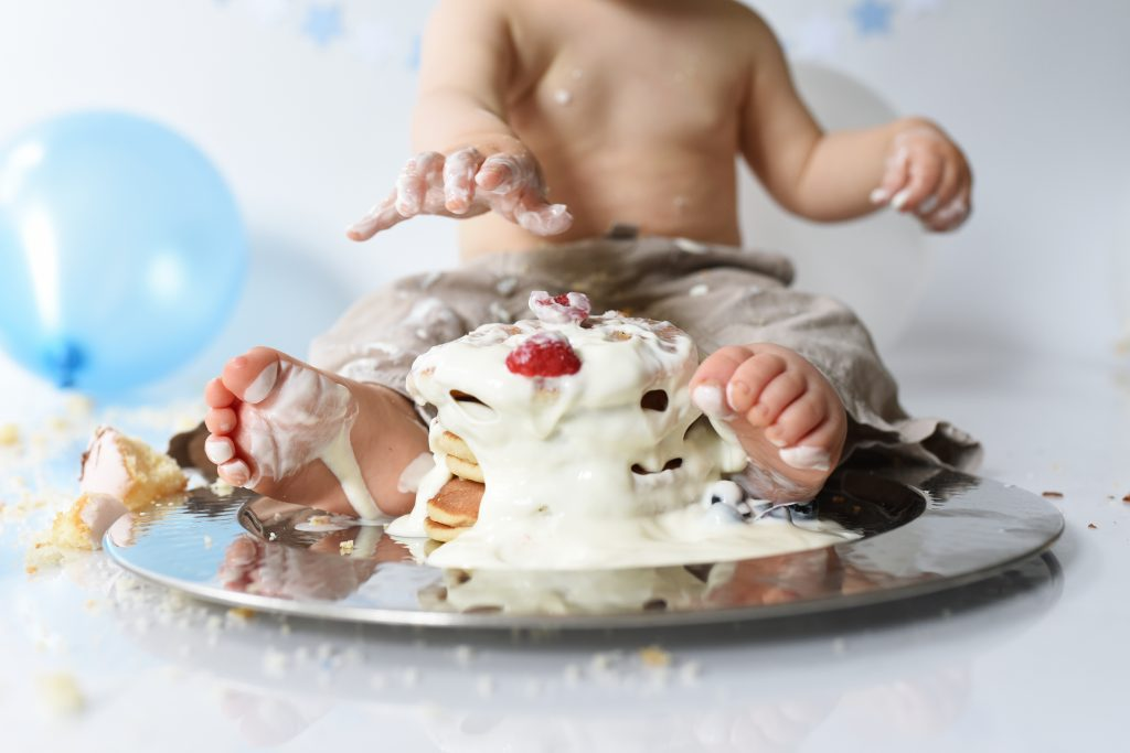 cake smash and sitter sessions in Poole and Bournemouth