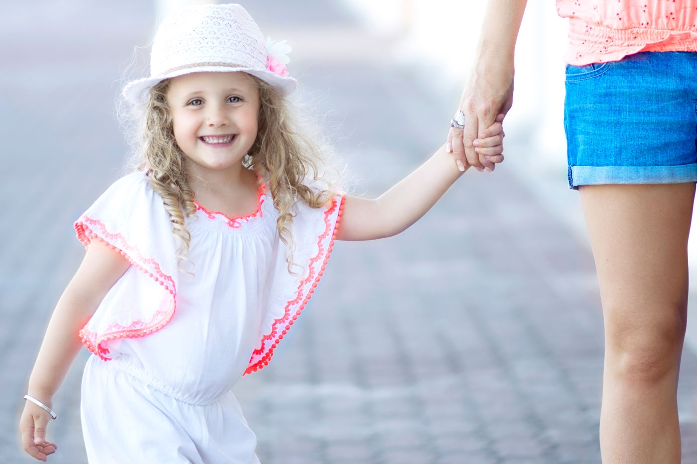 Children photographer in Poole and Bournemouth. Family photography in Dorset.